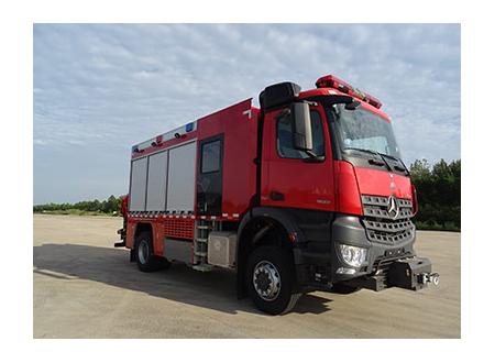 奔驰抢险救援消防车
